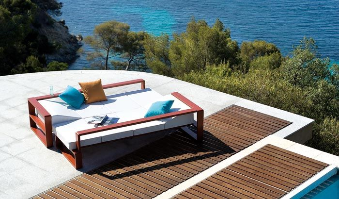 Outdoor Furniture Set With Adjustable Coffee Table – Kama by Ego Paris | DigsDigs