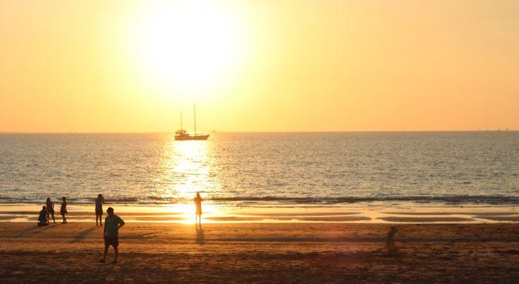 Mindle Beach market at sunset. Darwin, Australia acupofadventure.com