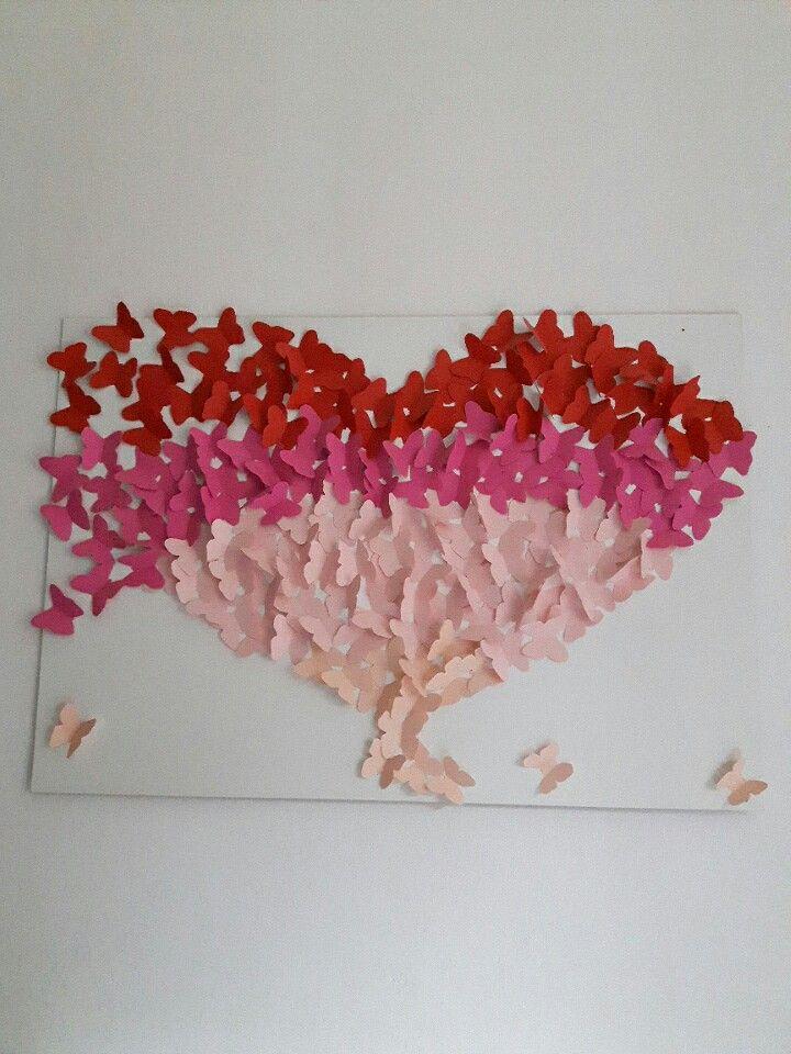 Quadro con farfalle di carta