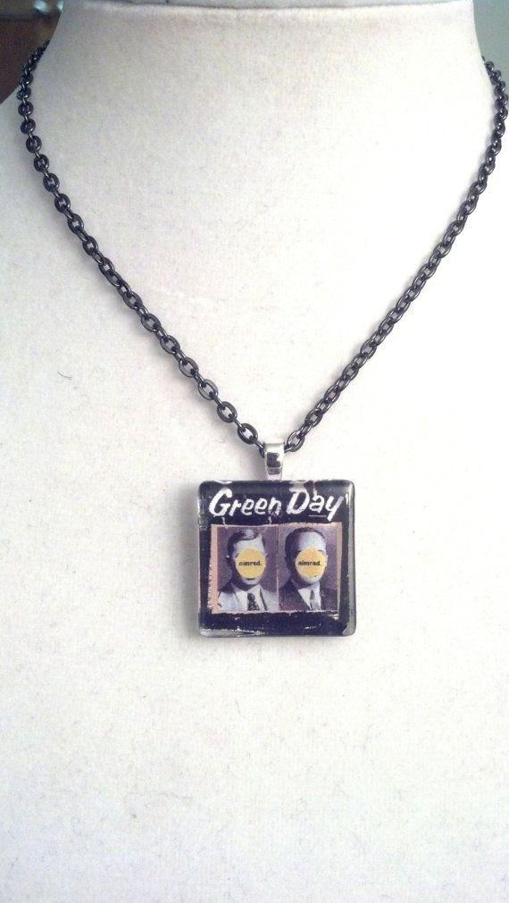 LAST CHANCE  Green Day Nimrod Glass Tile por DameCobainsCloset, $8.49