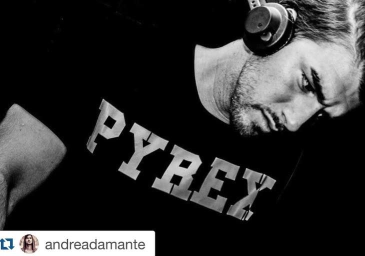 PYREX NIGHT #collection #pyrex #pyrexoriginal #andreadamante #pyrexnight #dontstopthemusic #nothingbetter #tshirt #deejay