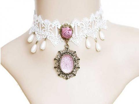 Ожерелье кружевное белое, чокер. Розовая розочка