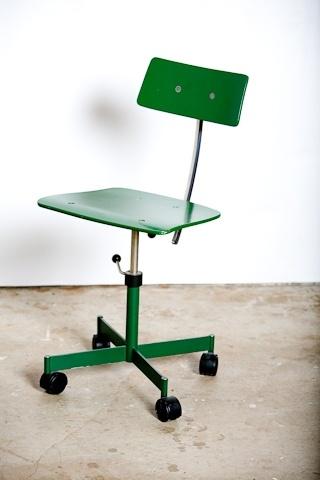 Kevi desk chair
