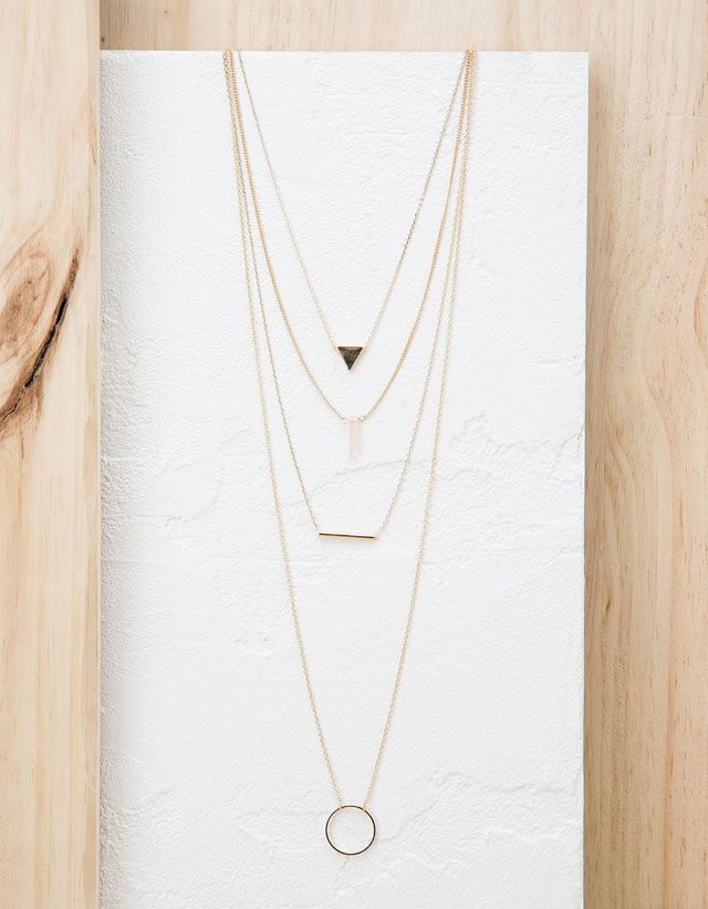 Discover the lastest trends in Jewellery with Bers…