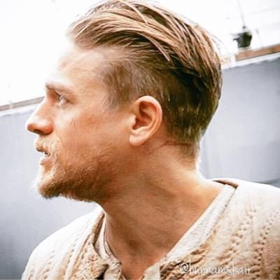 "Charlie Hunnams Hair on Twitter: ""Love seeing all of this Kurt Sutter(with a side of Charlie Hunnam) action on my timeline. Big things coming! @sutterink"""