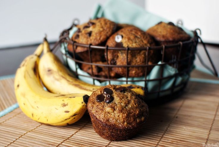 Healthy Chocolate Chip and Banana Bread Muffins - 21 Day Fix Approved!