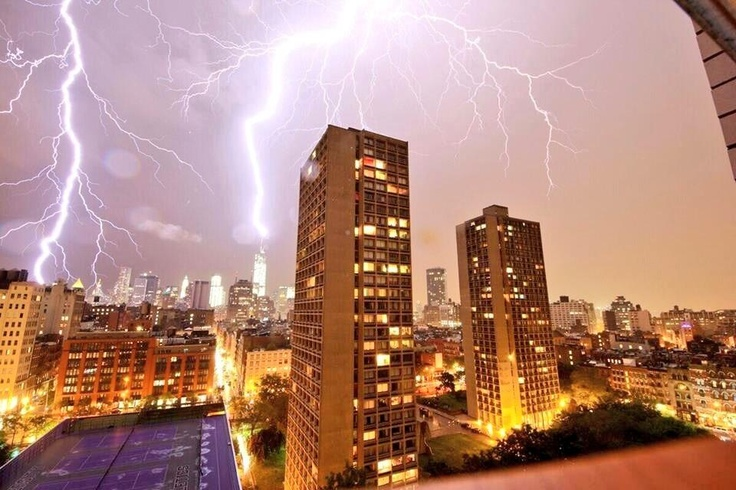 last night NYC experienced a major lightening storm. heres a pic of a bolt striking the freedomtowe