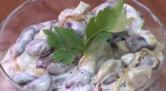 Салат из красной фасоли - видеорецепт овощного салата
