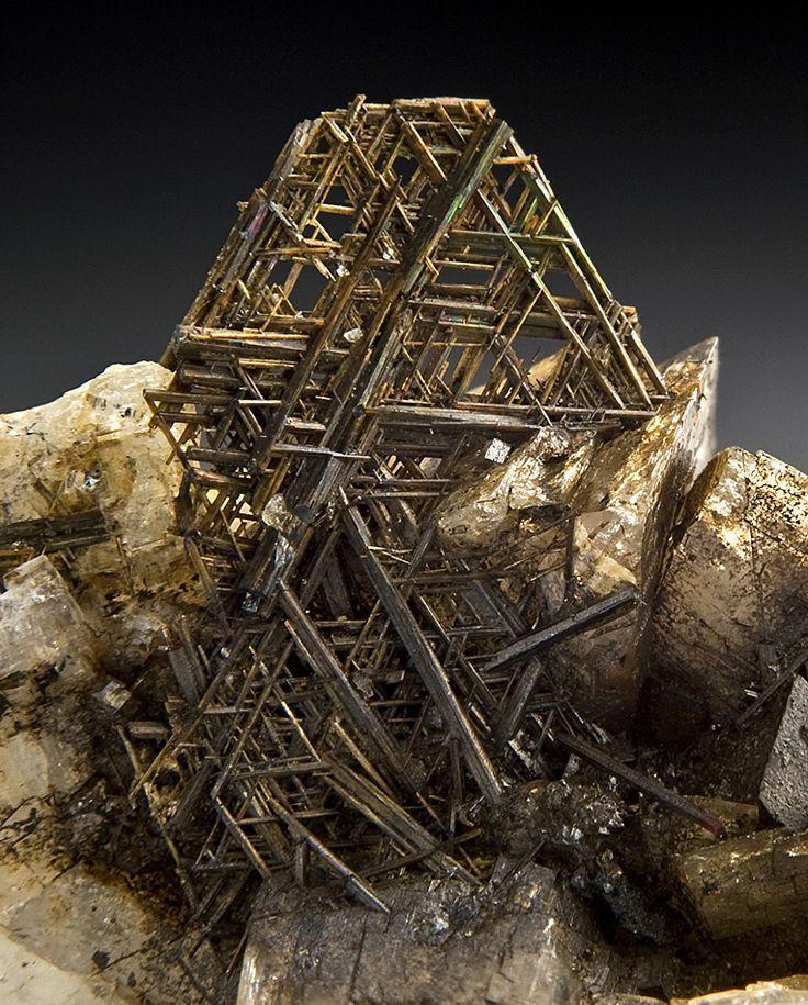 Rutile   Rutile & K Feldspar   Rocks and Minerals