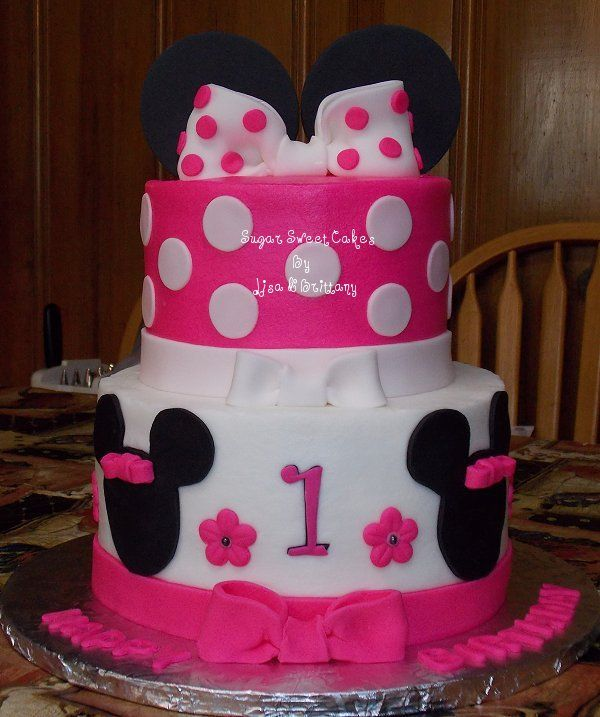 ... cake on Pinterest  Tiaras, Hello kitty birthday cake and Cakes