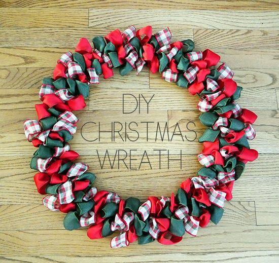 DIY Christmas Ribbon Bow Wreath