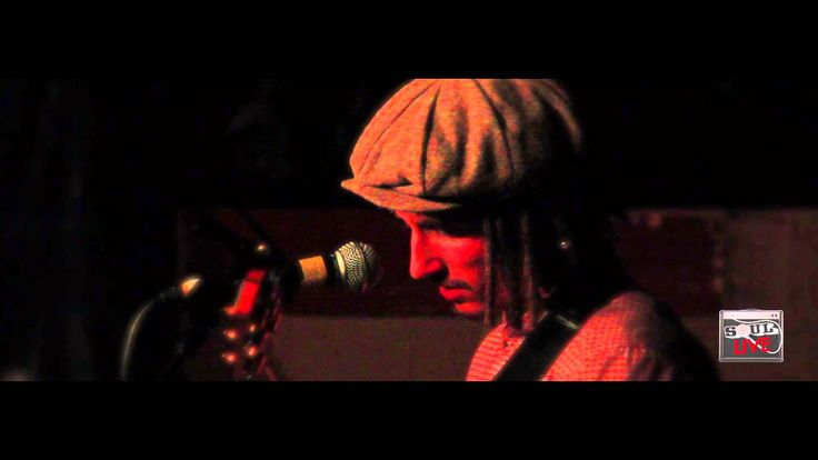 This takes it to another level! I'm obsessed with ol' dude. Ex Factor - JP Cooper (Lauryn Hill cover) |