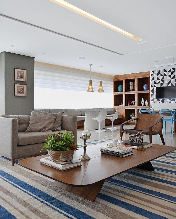 """206 curtidas, 15 comentários - Eduardo Medeiros Arq & Design (@eduardomedeirosarquitetura) no Instagram: """"Living - Apartamento AM. Foto: @fotomarcuscamargo"""""""