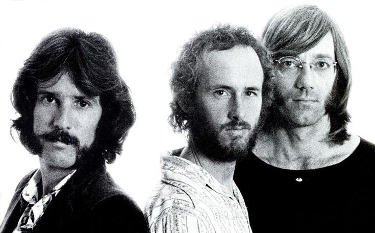 8-30 in 1973: After two years and two unsuccessful albums without deceased former frontman Jim Morrison, the Doors officially break up.