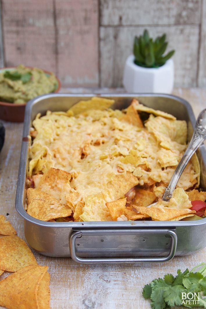 Heerlijke Mexicaanse kip met tortillachips, makkelijk en snel klaar! Smullen voor groot en klein. Ook eens maken? Lees verder op BonApetit.