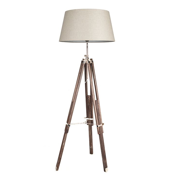 Flott og dekorativ gulvlampe med teleskop ben i mørk tre. Lampeskjermen er 50 cm i diameter Høyden på gulvlampen er: 160 cm Kan velge mellom fargene hvit, lin, grå og sort lampeskjerm.