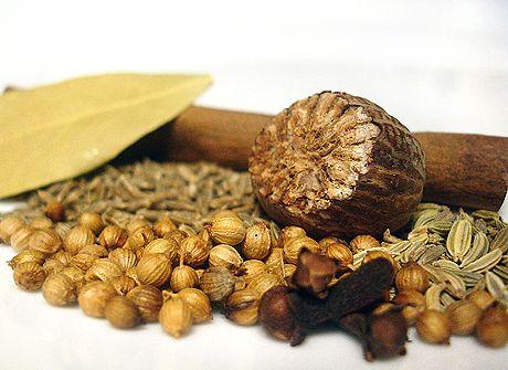 Retete cu Garam Masala - opt condimente intr-unul singur   Cuisine   Euforia.tv