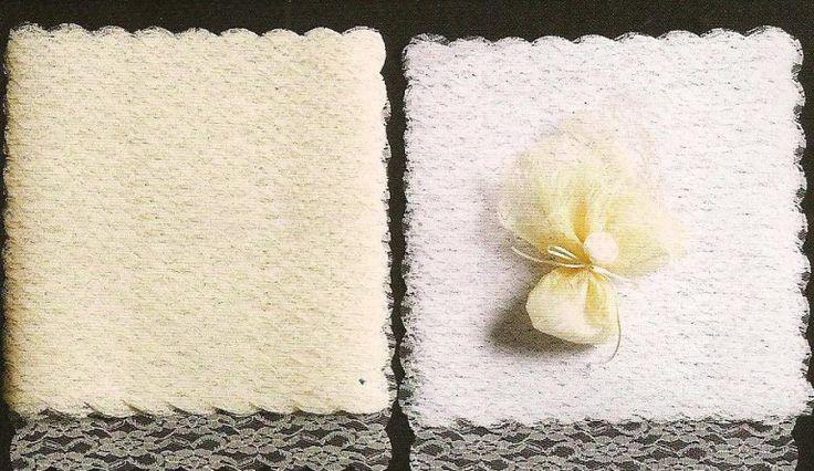 Μαντήλι δαντέλα 36Χ36 με μισινέζα στο τελείωμα για να φτιάξετε μόνη σας μία όμορφη μπομπονιέρα.Μπορείτε να επιλέξετε ανάμεσα σε δυο χρώματα 0,33 €