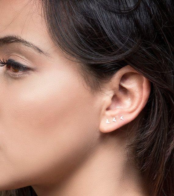 Minuscules boucles d'oreilles or boucles d'oreilles par Alagia