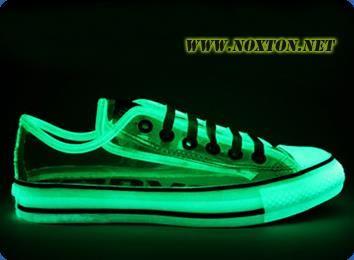 Светящиеся кроссовки на заказ