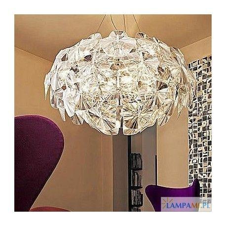 Seria oświetlenia Azzardo 3D: http://zlampami.pl/410-3d-big-lampa-wiszaca.html - połączenie elegancji z nowoczesnym przezroczystym akrylem.