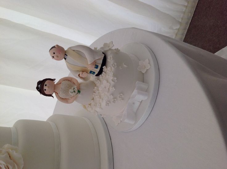 Separate Bride And Groom Cake Toppers
