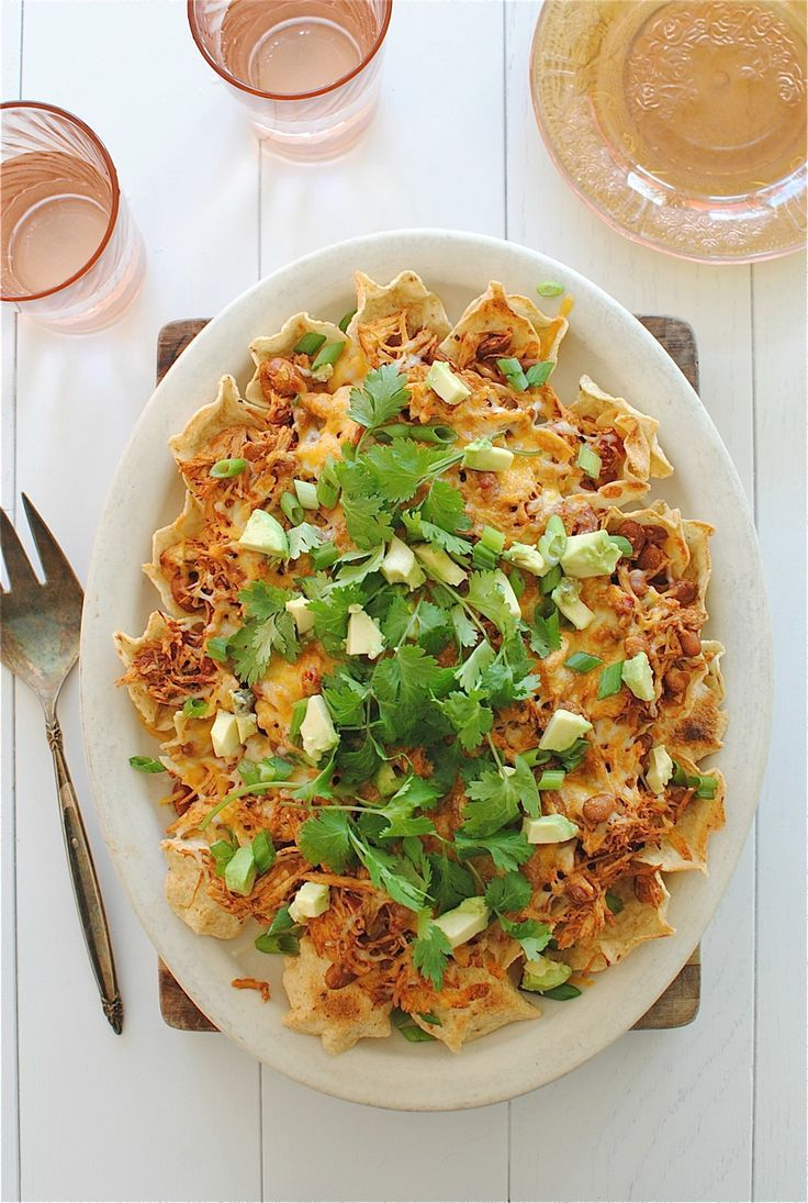 Slow Cooker Chicken Nachos / Bev Cooks - delicious! Only change I