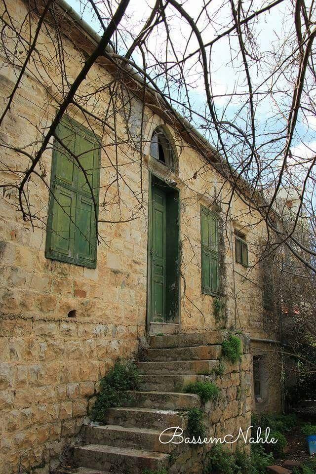 من تصوير باسم نحلة Old Houses Photo House