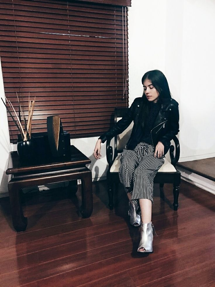 ootd by ThedailyPassarelle  Instagram @angelalzm    #Fashion #style #ootd #booties #silver