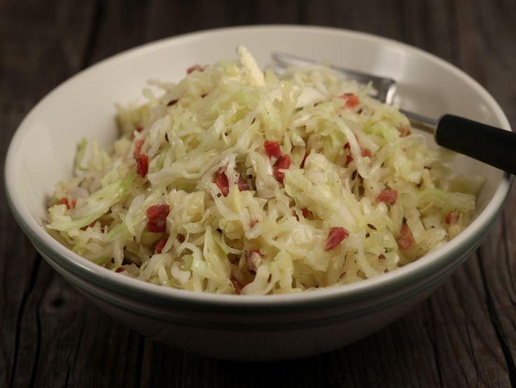 Salata bavareza de varza alba