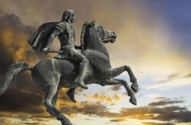 Ευρισκόμενος στα πρόθυρα του θανάτου, ο Μέγας Αλέξανδρος συγκάλεσε τους στρατηγούς του  και τους κοινοποίησε τις 3 τελευταίες επιθυμίες ...