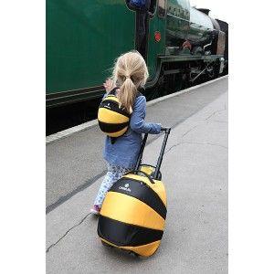 Valise à roulette Abeille de Little Life pour les 2/8 ans. Sur notre boutique: 55€
