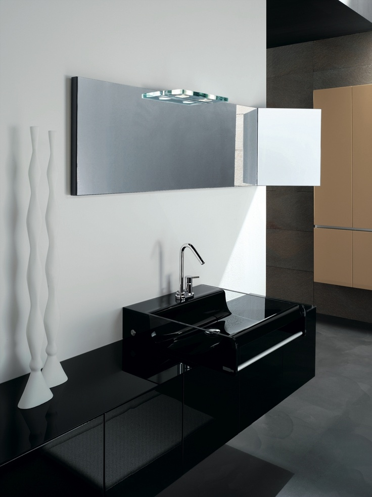 KUBIK 63 - Composition lacquered L68 Nero glossy brushed. Glass top G87 Nero. Lavabo in vetro mod. Shine 54 G87 Nero.