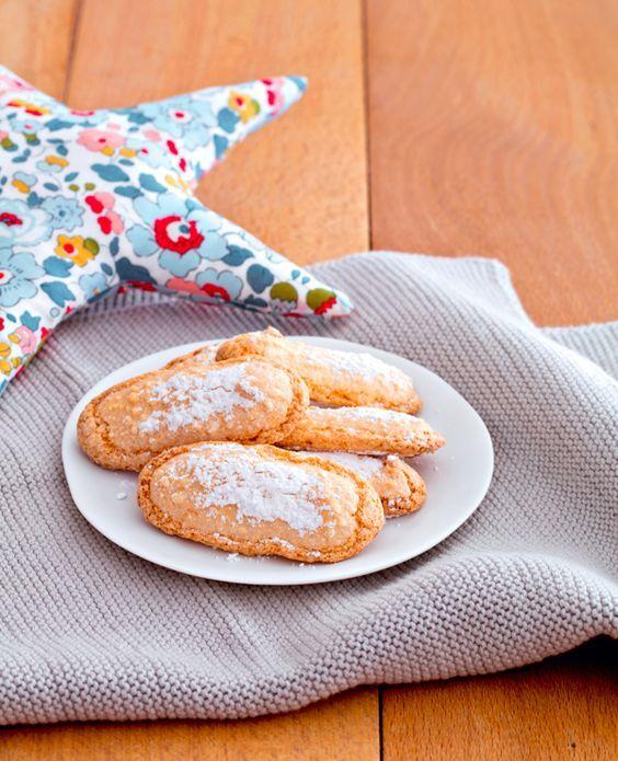 Et si tu faisais toi-même les boudoirs de bébé ? Grâce à cette recette facile et rapide, tu vas pouvoir réaliser, en un tour de main, de délicieux gâteaux auxquels, même le reste de la famille ne pourra pas résister.  Facile Pour 15 biscuits environ 15 min de préparation - 10 min de cuisson…