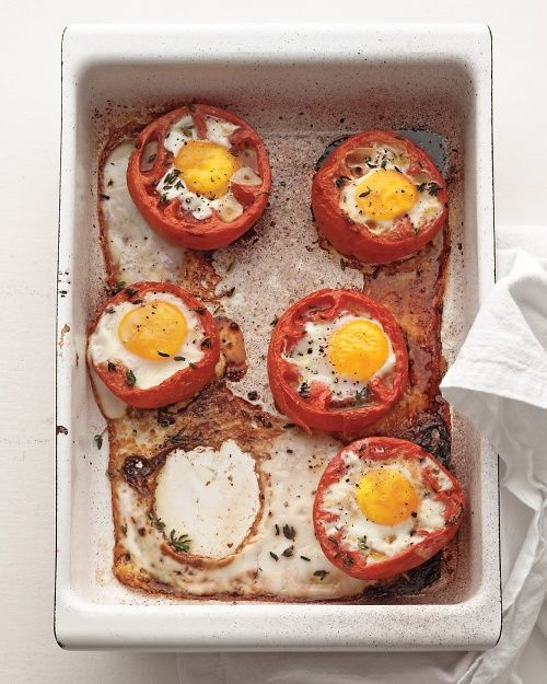 Baked Eggs in Whole Roasted Tomatoes. | Food and Drinks..Deserts. | P ...