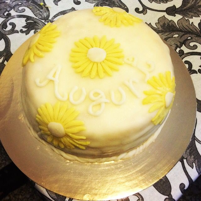 Birthday cake Home Made