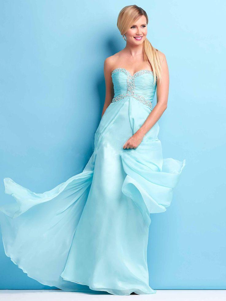 #lightblue #bridesmaid #dress / Piękna suknia dla druhny! Przepiękny odcień delikatnego turkusu.