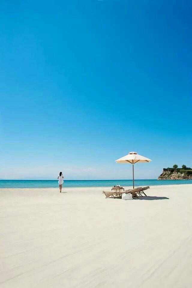 Khalkidiki, beautiful white sand beach!