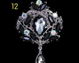 Elegantná brošňa na šaty v tvare kráľovského šperku