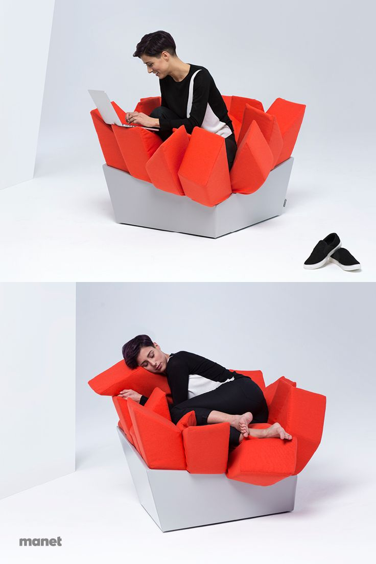 Thanks to the particular shape of its pillows, MANET Easy Chair it provides your body with the needed support while you're are awake and yet it's soft enough to gently host you for a nap. Work or chill, the choice is yours.
