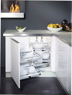 Arena Style magic corner, left hand, 525mm high, silver/chrome, including soft-stop, with gloss white shelves - DIY Kitchens