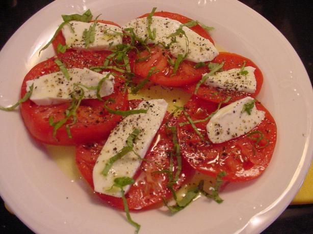 Recipes:Simple Caprese Salad #PCCanadaday