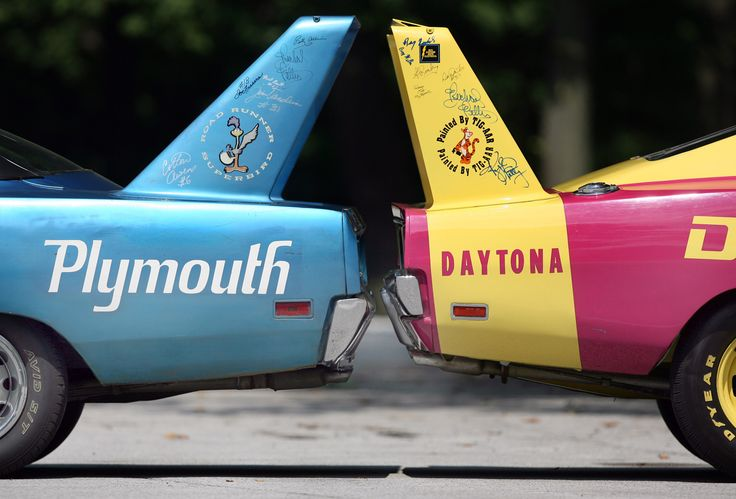 Plymouth Superbird & Dodge Daytona Back to Back!  I never noticed the difference in angle, between these two cars before!