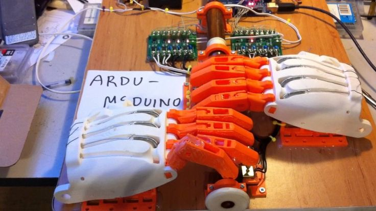 Ardu McDuino, An Arduino Based Robot That Uses 3D Printed Fingers to Play the Bagpipes