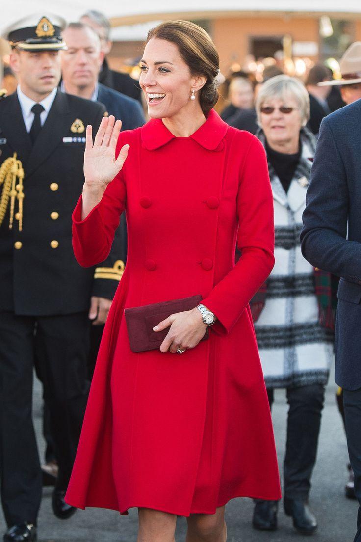 Kate Middleton, jetzt Herzogin Catherine von Cambridge, kennt die königliche Etikette. Wir auch – 16 Tipps, wie man sich bei Tisch stilvoll verhält.
