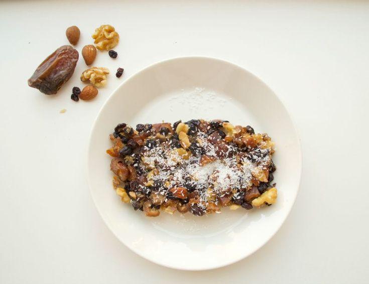 Recept: Dadeltaart met noten