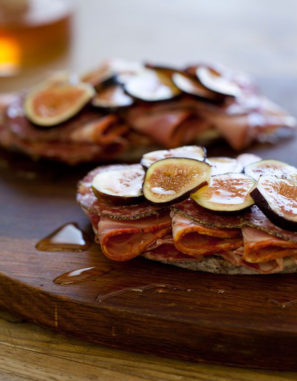 open face fig sandwiches...