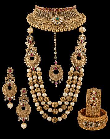 designawards.indianjeweller.in winners15 best_bridal.html