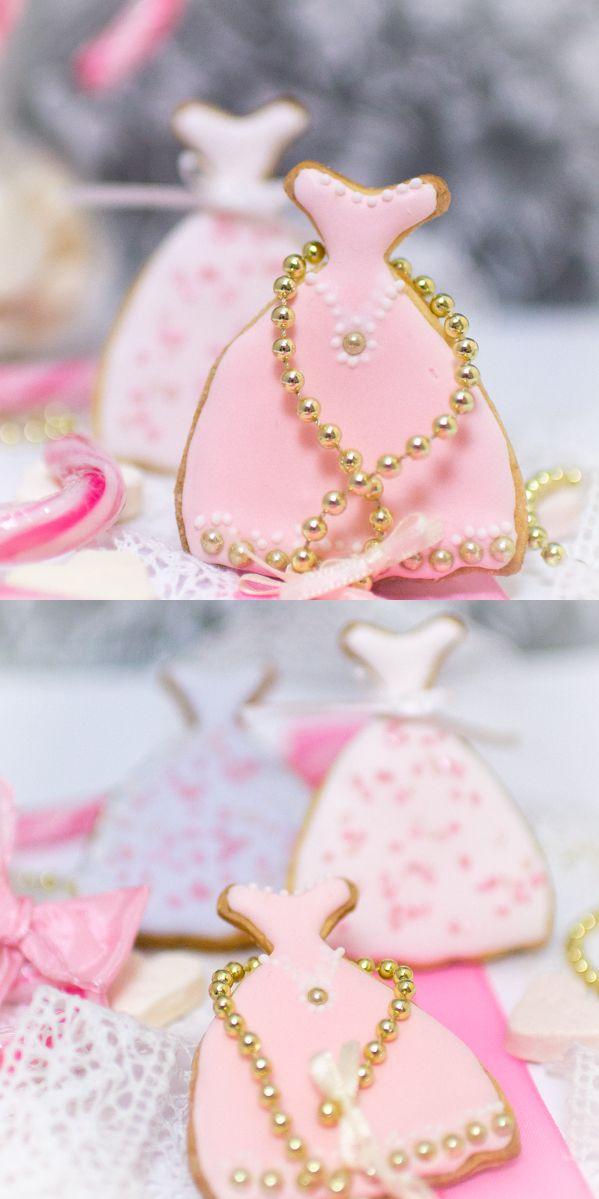 Frau Zuckerfee: Rosa Kleid-Kekse verzieren mit Royal Icing - Cookie decorating