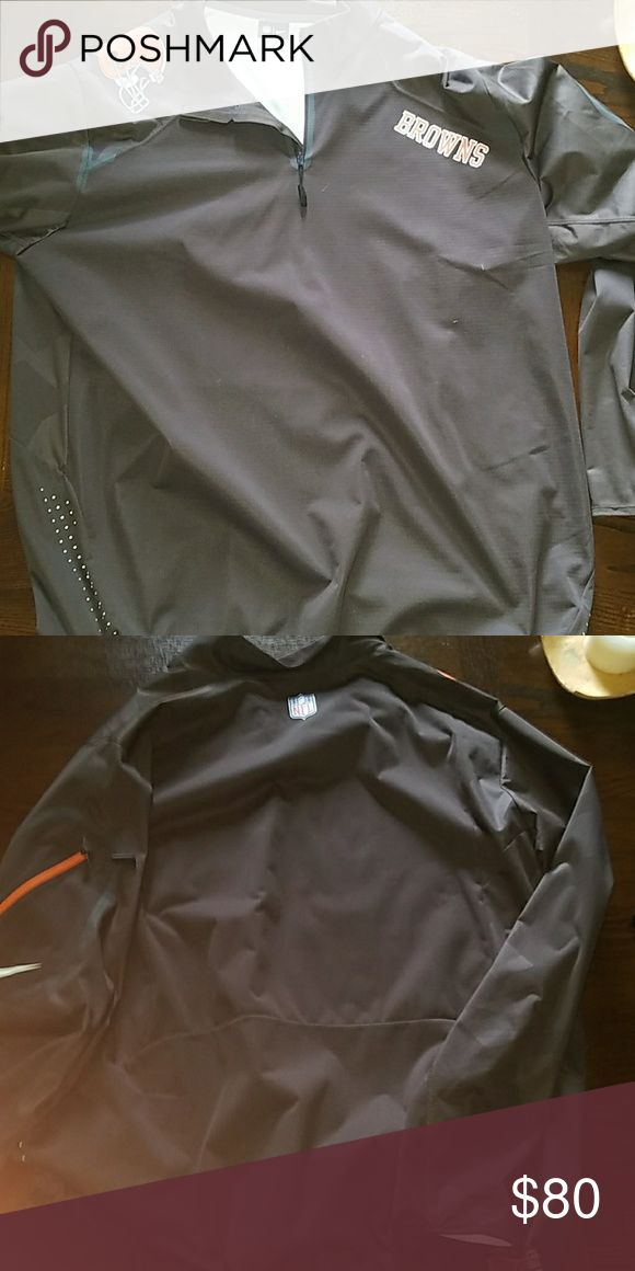 Cleveland Browns Nike Raincoat Worn once and way too big. This is a coach's and is XXL. Its Cleveland Browns Nike Jackets & Coats Windbreakers